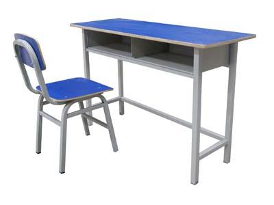 甘肃木质课桌椅价�L格-选购课〗桌椅就到龙盛达