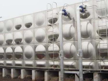 潍坊不锈钢组合式消防水箱 聊城不锈钢组合式消防水箱【赞】
