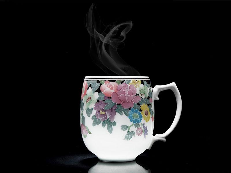 的釉下五彩繽紛單杯行情價格:辦公室茶具