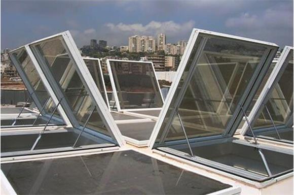 黃島西海岸閣樓天窗設計