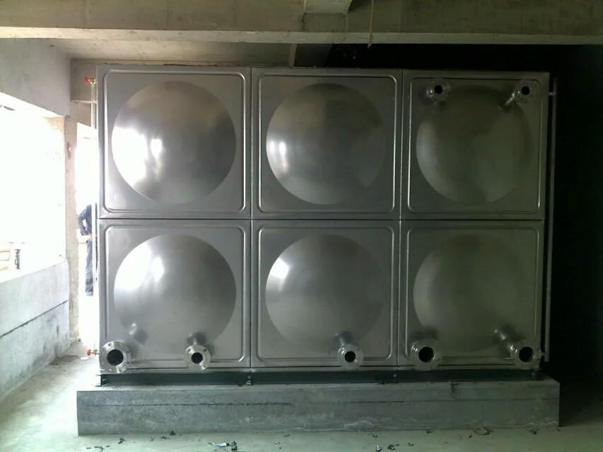 【做工精细、款式多样就选三栋机械】山东临沂不锈钢水箱生产厂家