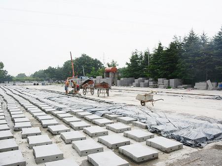 水泥排水沟盖板厂家,水泥排水沟盖板价格,水泥排水沟盖板生产商