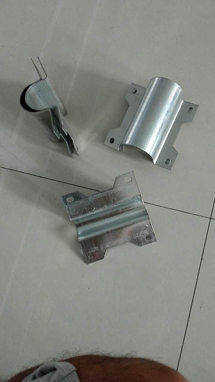 【呦呦~切克闹】大棚两寸管连接十字管卡+加厚热镀锌钢板有现货